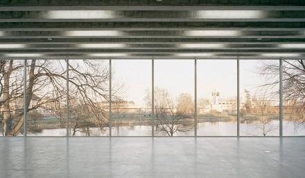 interior_window_9621-962x570